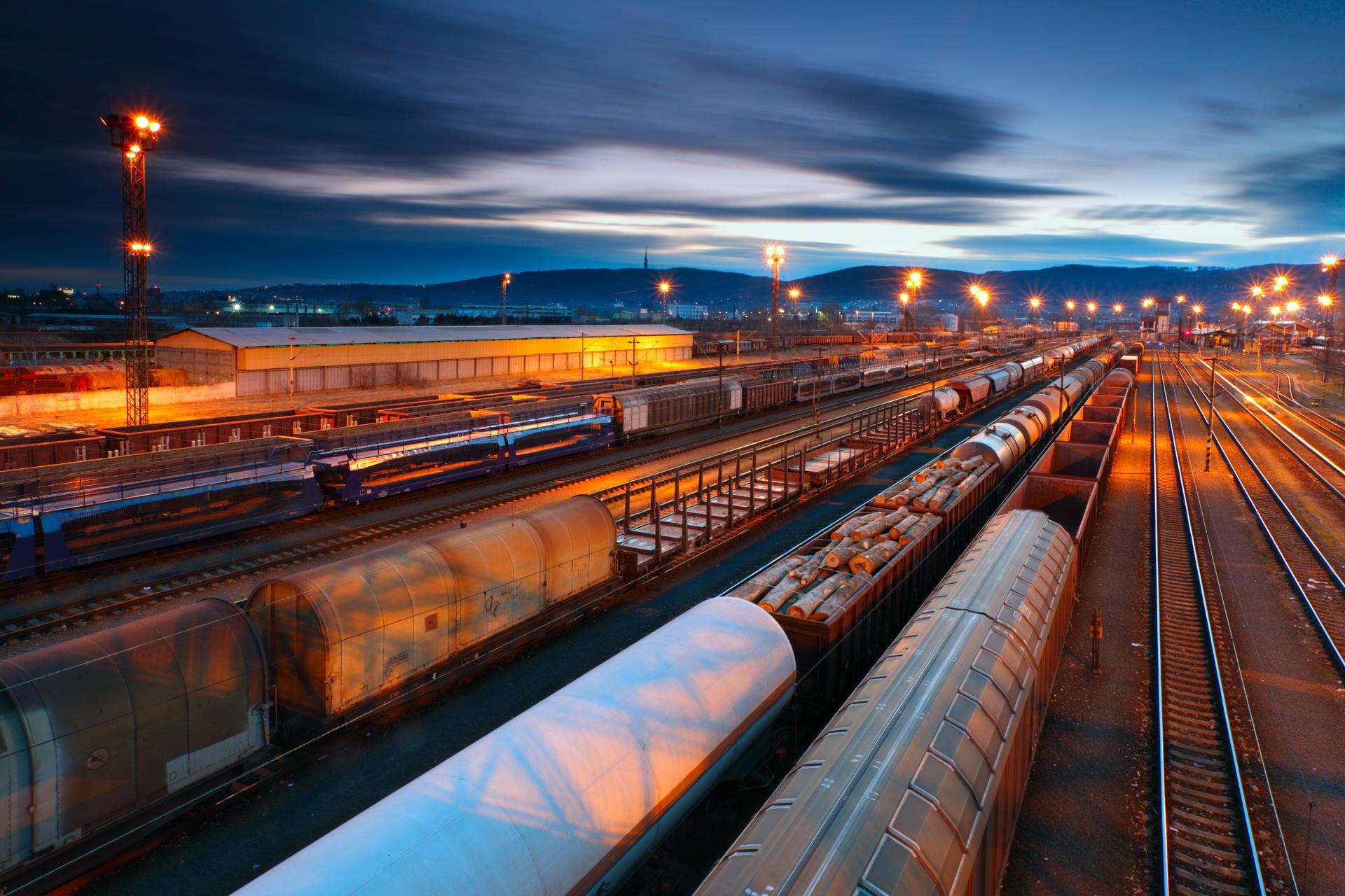 Rail Freight Long Distance /><div class='extra_thumbnails'><img class=